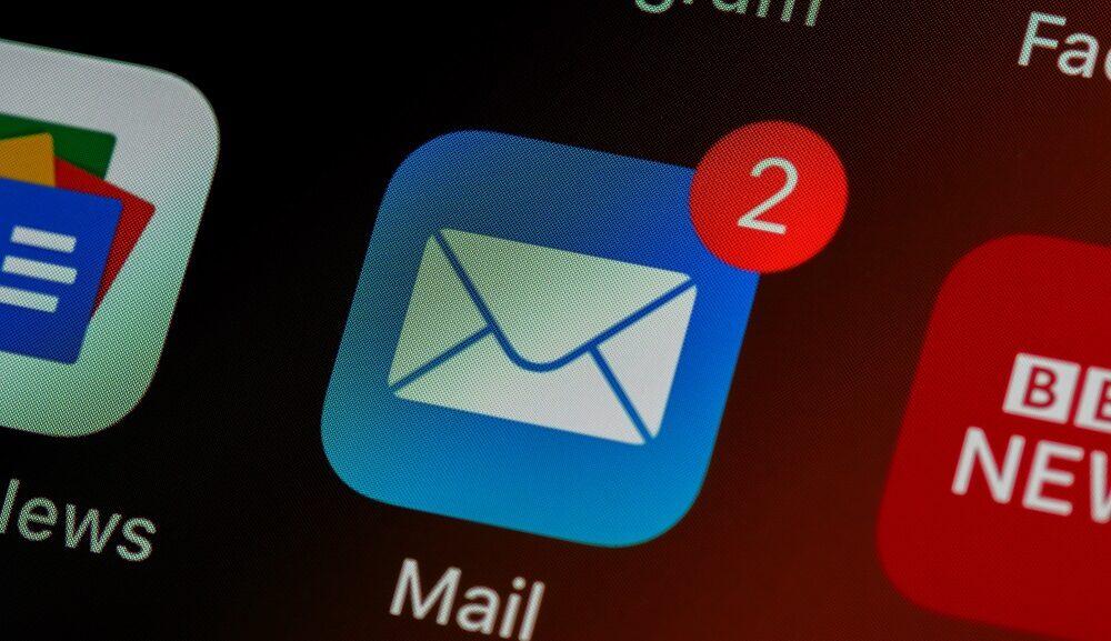 英語のメールの書き出しや挨拶はどうする!?